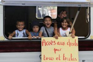 Des enfants Roms scolarisés à Marseille (crédit photos: Anne-Christine Poujoulat, AFP)